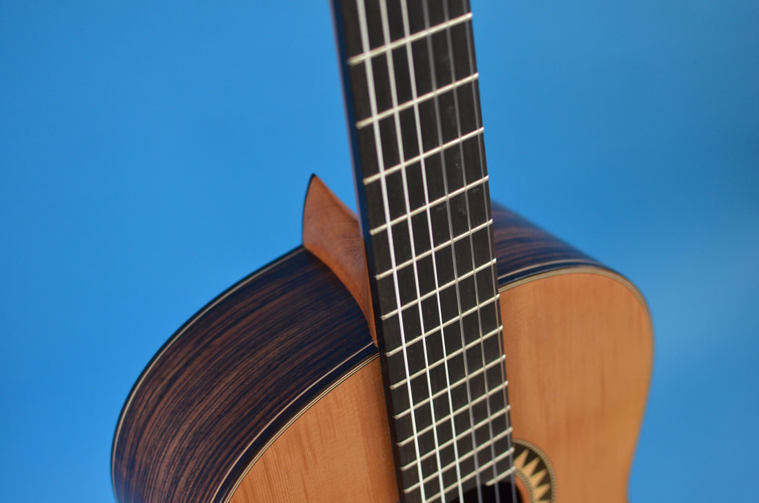 Richard Arnold Guitars Classical Guitar - binding